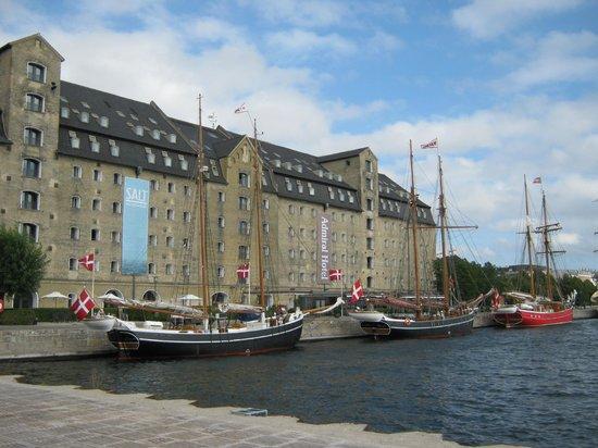 Copenhagen Admiral Hotel: Hafenseite