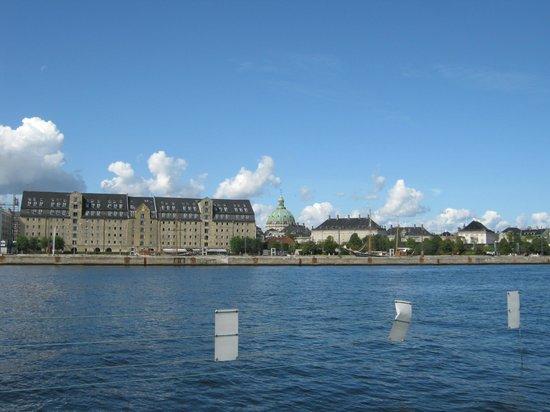 Copenhagen Admiral Hotel : Am Hafen und Schloß