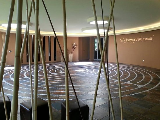 Heidel House Resort & Spa: The labyrinth at Evensong Spa for quiet reflection.