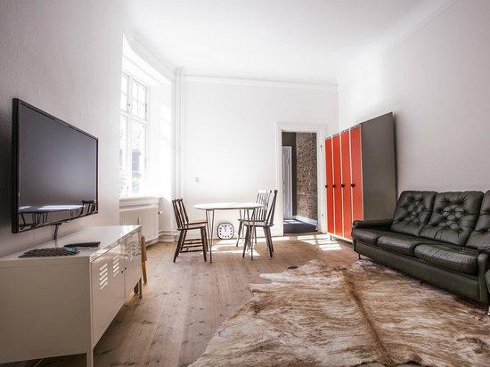 SimpleBed Hostel