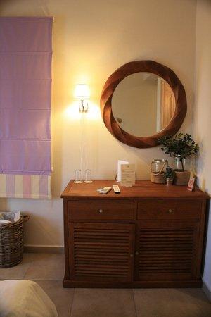 Vencia Hotel : Detalle de la habitación
