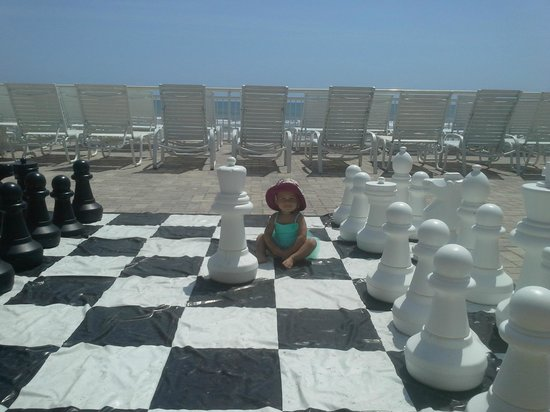 The Shores Resort & Spa: Chess Board