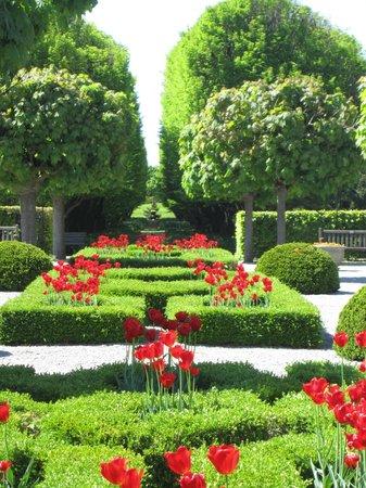 Niagara Parks Botanical Gardens : Formal Garden