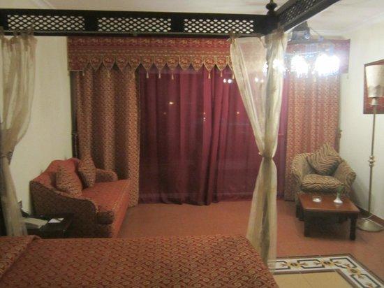Domina Hotel & Resort Harem: Room