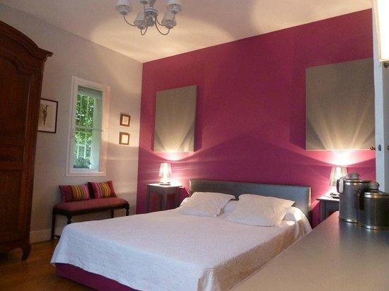chambre Bordeaux - Photo de La Maison de la Sabliere, Saint-Médard