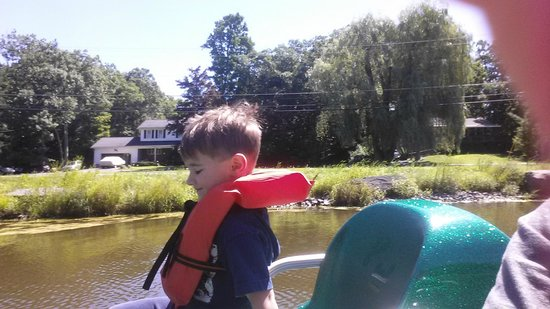 Rip Van Winkle Campgrounds : PADDLE BOATS