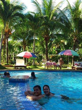 Dumaguete Springs Beach Resort: My boyfie and i
