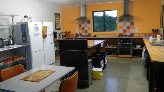 Lorneville Lodge and Holiday Park: The Barn - the kitchen