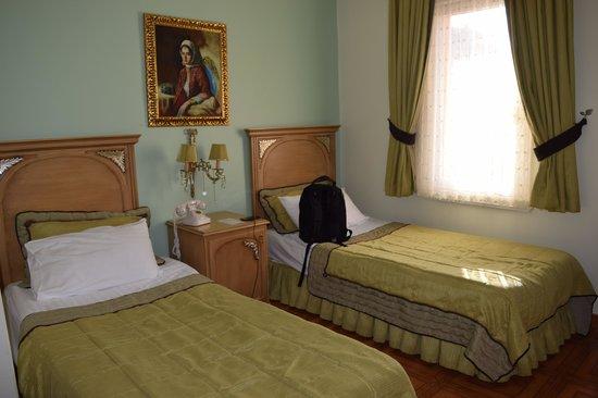 Alzer Hotel : Bedroom