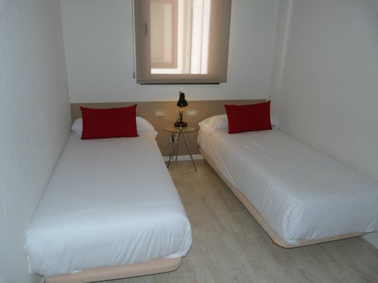 Eric Vökel Sagrada Familia Suites : chambre 1