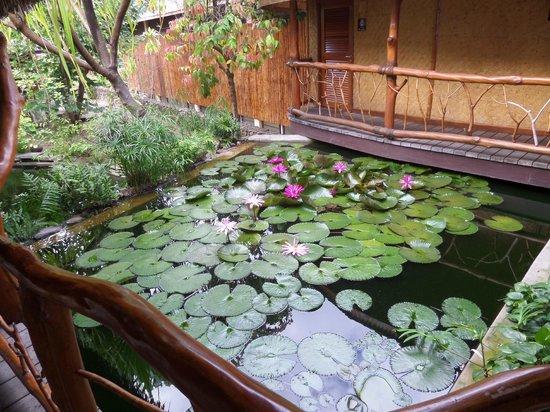 Hilton Moorea Lagoon Resort & Spa: Lobby