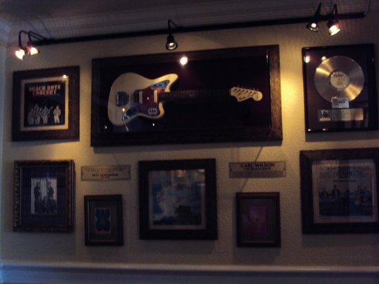 Hard Rock Cafe: Memorabillia