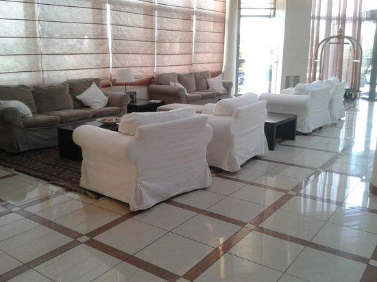 Athina Airport Hotel: Eingangsbereich