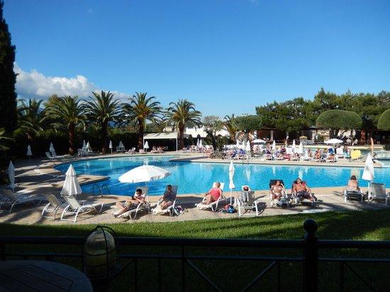 Aquis Park Hotel : Het zwembad