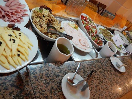 Aquis Park Hotel : Deel van het buffet