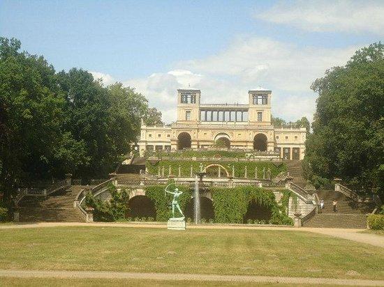 Potsdam's Gardens: Palacio 3
