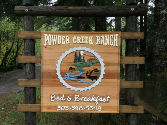 Powder Creek Ranch Bed and Breakfast : Sign