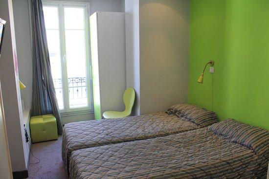 Hotel H33 : 部屋