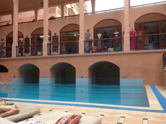 Hotel Oudaya: espace piscine détente