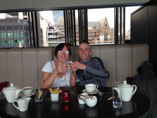 Skylounge : us enjoying our tea :)