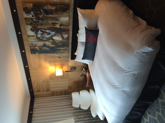 Sofitel Philadelphia Hotel: Our Room