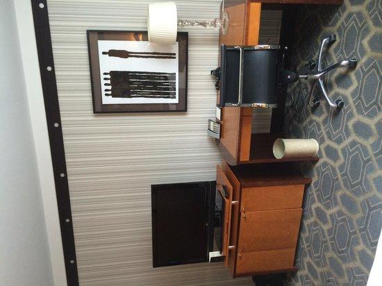 Sofitel Philadelphia Hotel: Our Room