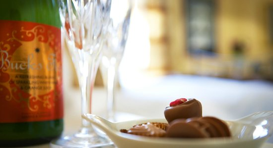 Abbot's Leigh Guest House: Treat Yourself