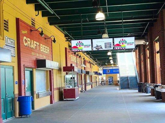 Durham Bulls Athletic Park : food court