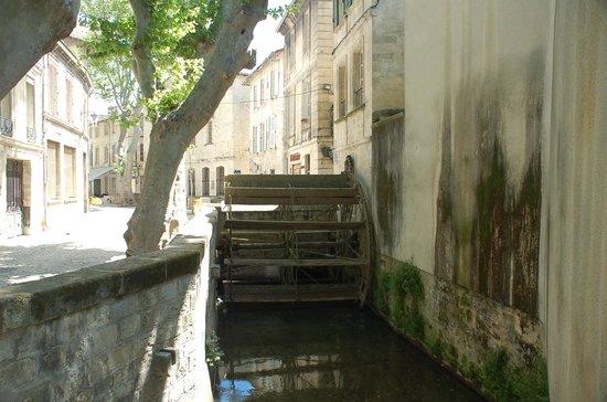 Street of Dyers (Rue de Teinturiers): Una ruota a pale nella Via dei Tintori