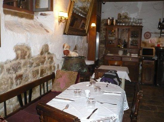 Casa Garzotto : Tables in breakfast room