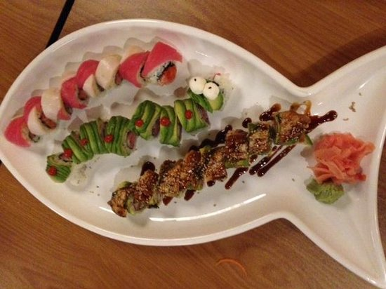 Kokoro Steaks Sushi & Martini Bar: delisious!!