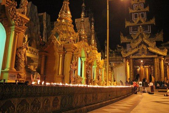 Pagode Shwedagon : Золотое убранство