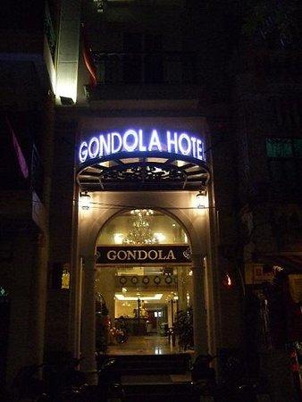 Gondola Hotel : ホテル外観