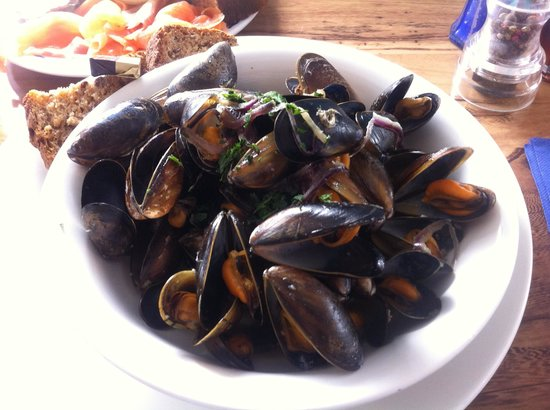 Cafe Fish : Best mussels ever