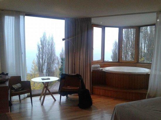 Design Suites Bariloche: Habitacion
