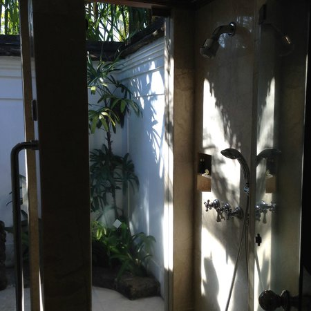 The Oberoi Bali : Area Outside Loo