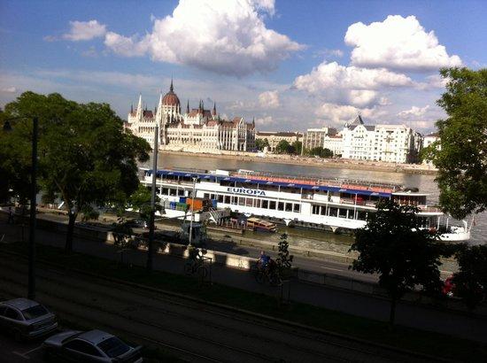 art'otel budapest: Vista dsd el balcon