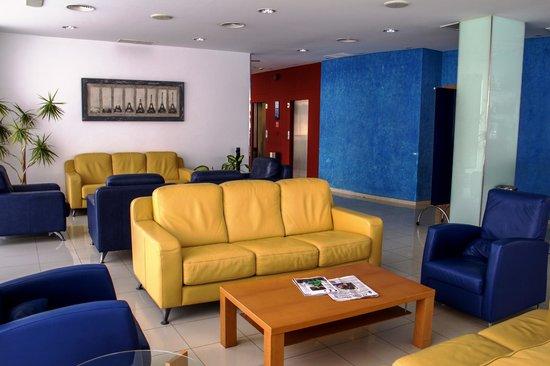 Hotel Lodomar Spa & Talasoterapia: Lobby-Bar