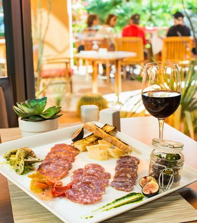 Pinzimini: The Chef'sTasting Platter is a must have!