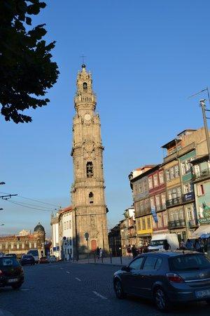 Pestana Vintage Porto : torre de los canónigos