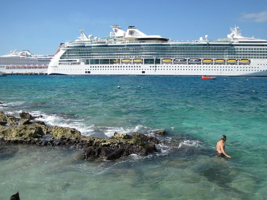 Grand Park Royal Cozumel: Cruise Ship Dock, off the beach.