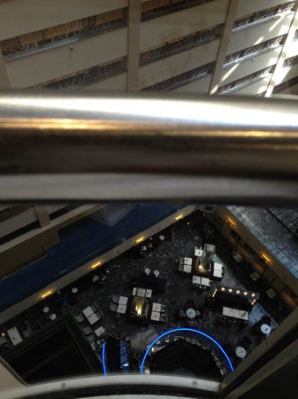 New York Marriott Marquis : Lift