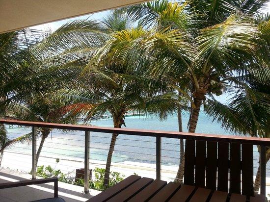The Phoenix Resort: Balcony