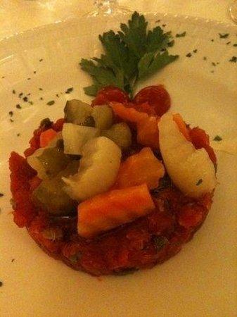 Hotel Cicolella Foggia: Tartare di tonno 22€