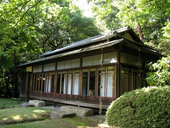 Meiji Jingu Shrine: Чайный домик в парке Мэёдзи-дзингу гъёэн