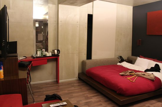 Hotel Tria: Hotel Room