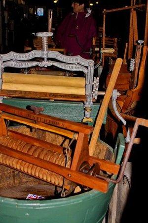 antique washing machine museum