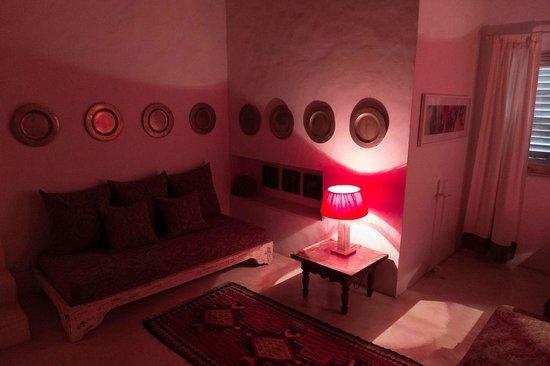Etnia Pousada & Boutique: Seating area of the Suite