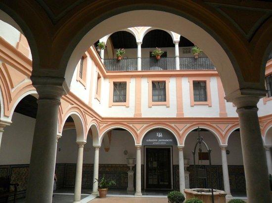 Museum of Fine Arts, Sevilla : Uno de los patios.