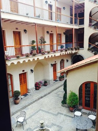 Hotel Rosario La Paz: I made this hotel our hub so we stayed in various rooms.